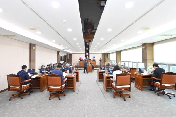 210607보도자료(청송군의회, 제250회 정례회 개회) (1).jpg